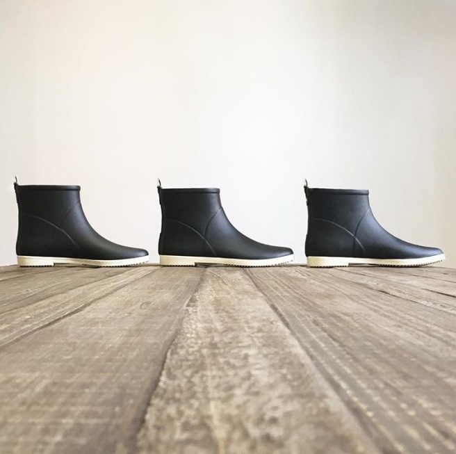 3-black-boots